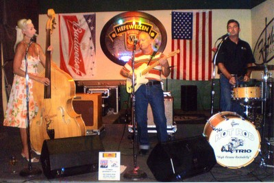 The Hot Rod Trio at Father's Pub, Tustin, CA